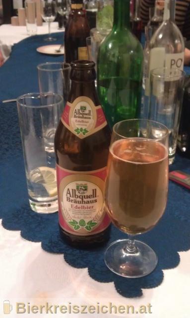 Foto eines Bieres der Marke Edelbier aus der Brauerei Albquell Bräuhaus - Auberger & Schmid GmbH & Co