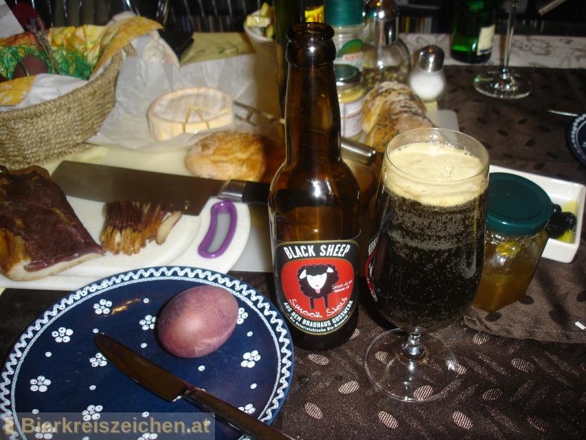 Foto eines Bieres der Marke Black Sheep aus der Brauerei Brauerei Gusswerk