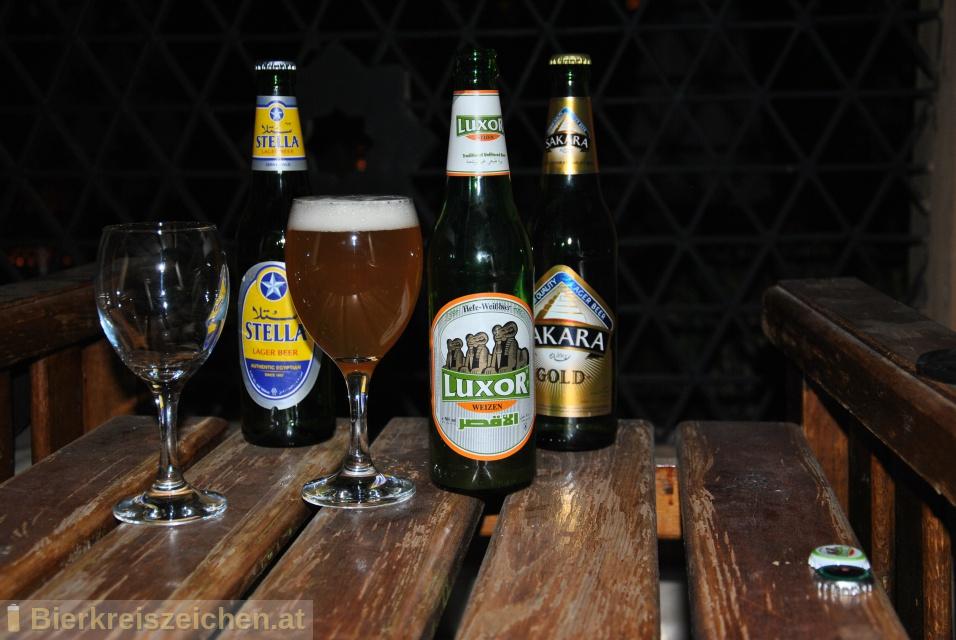 Foto eines Bieres der Marke Luxor Weizen aus der Brauerei El Gouna Beverage Company