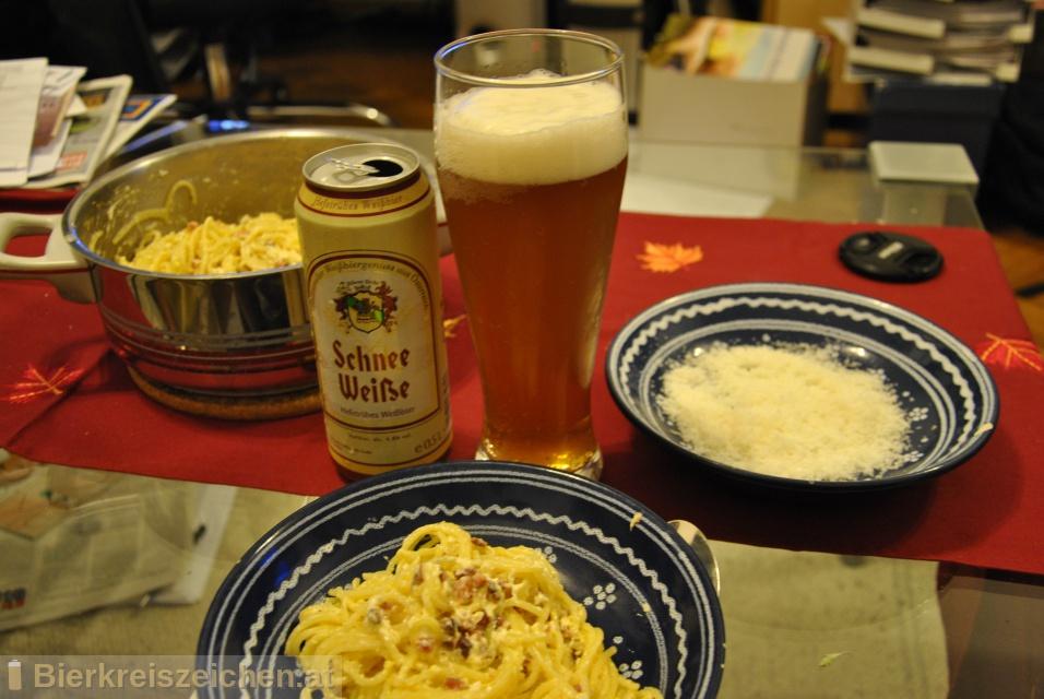 Foto eines Bieres der Marke Schnee Weiße aus der Brauerei Schladminger