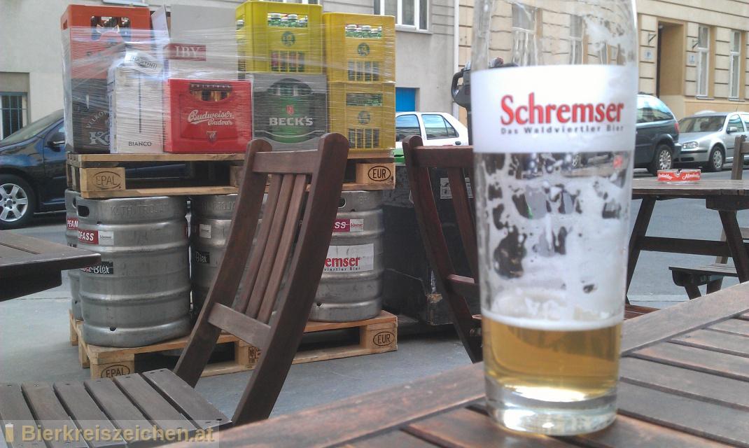 Foto eines Bieres der Marke Schremser Zitronenradler aus der Brauerei Brauerei Schrems