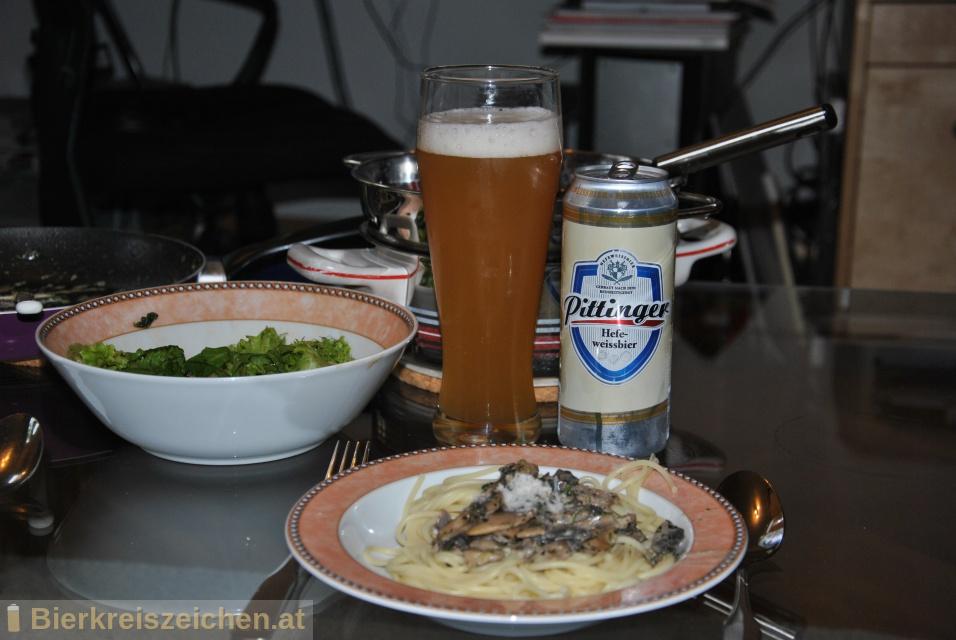 Foto eines Bieres der Marke Pittinger Hefeweissbier aus der Brauerei Spar