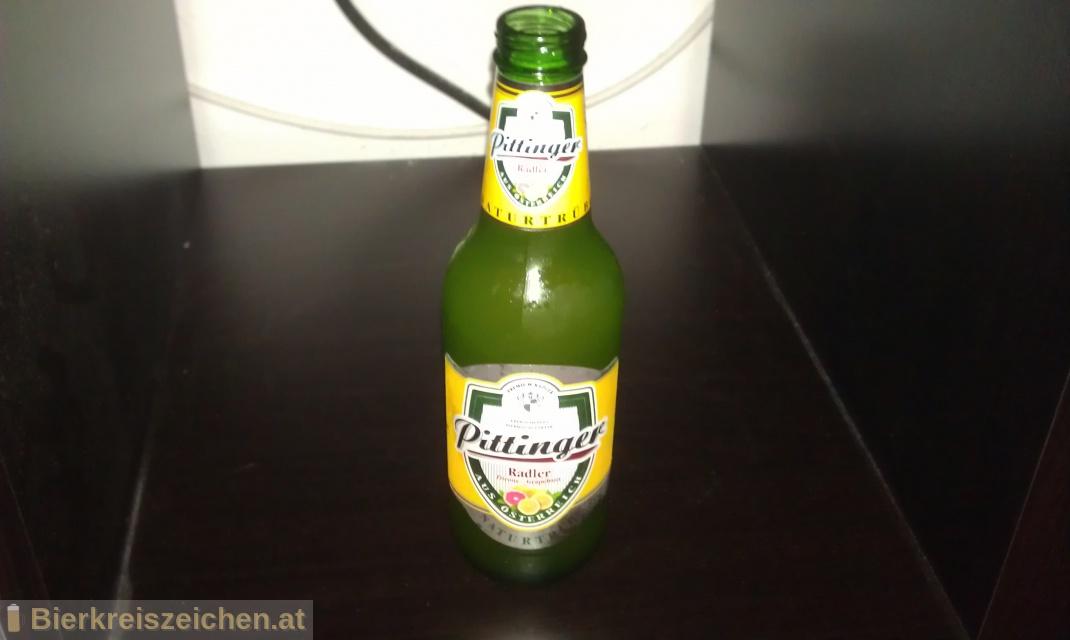 Foto eines Bieres der Marke Pittinger Radler - Zitrone Grapefruit aus der Brauerei Spar