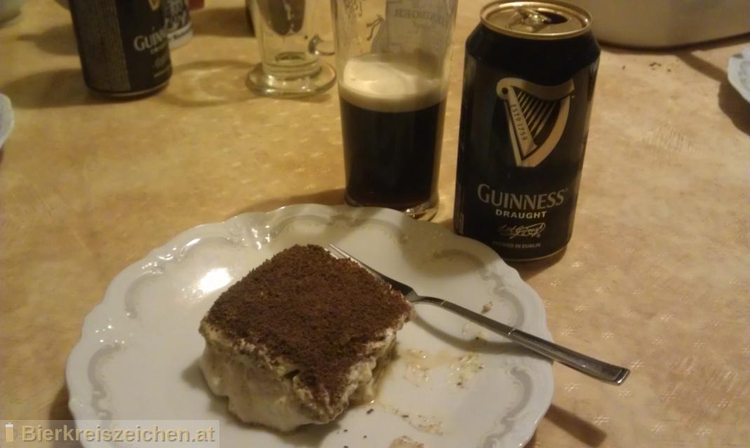 Foto eines Bieres der Marke Guinness Draught aus der Brauerei Guinness