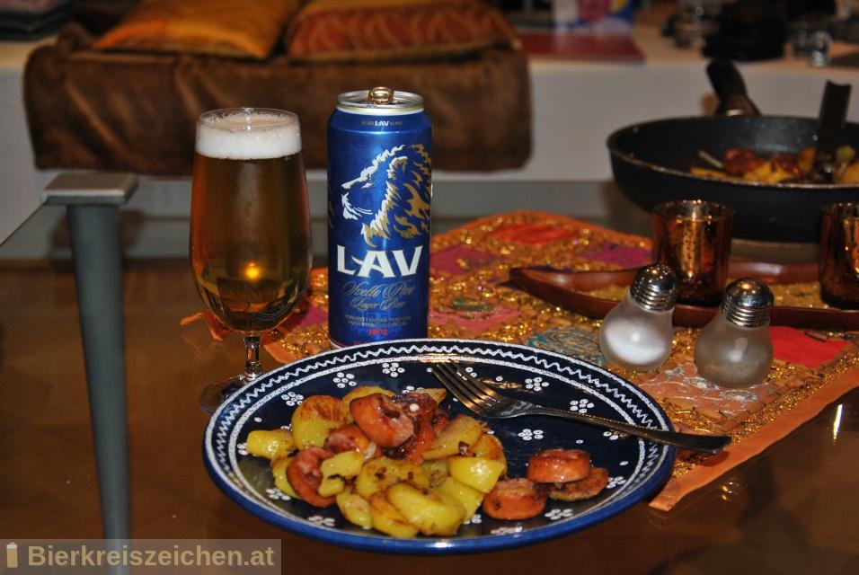 Foto eines Bieres der Marke LAV Svetlo Pivo aus der Brauerei Carlsberg Srbija d.o.o.