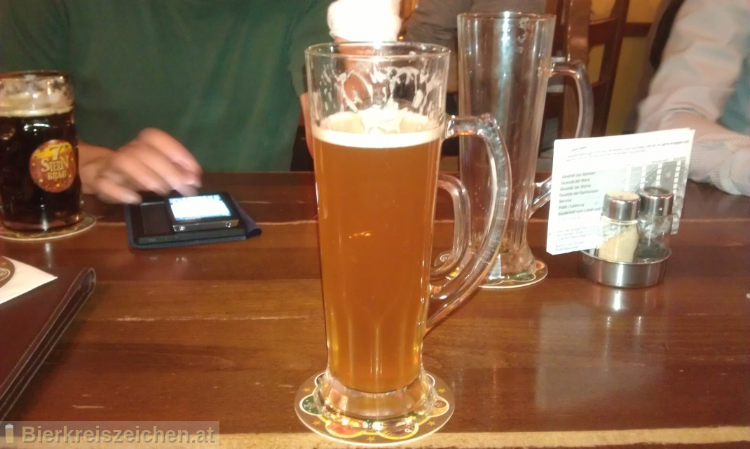 Foto eines Bieres der Marke 7Stern Bockbier aus der Brauerei Siebenstern Bräu
