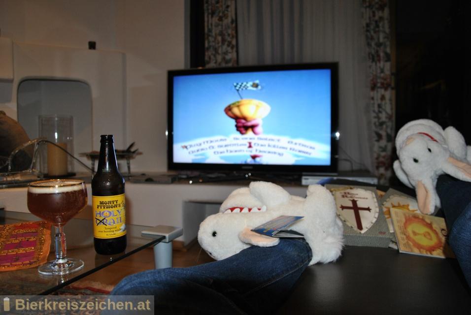 Foto eines Bieres der Marke Holy Grail Ale aus der Brauerei The Black Sheep Brewery