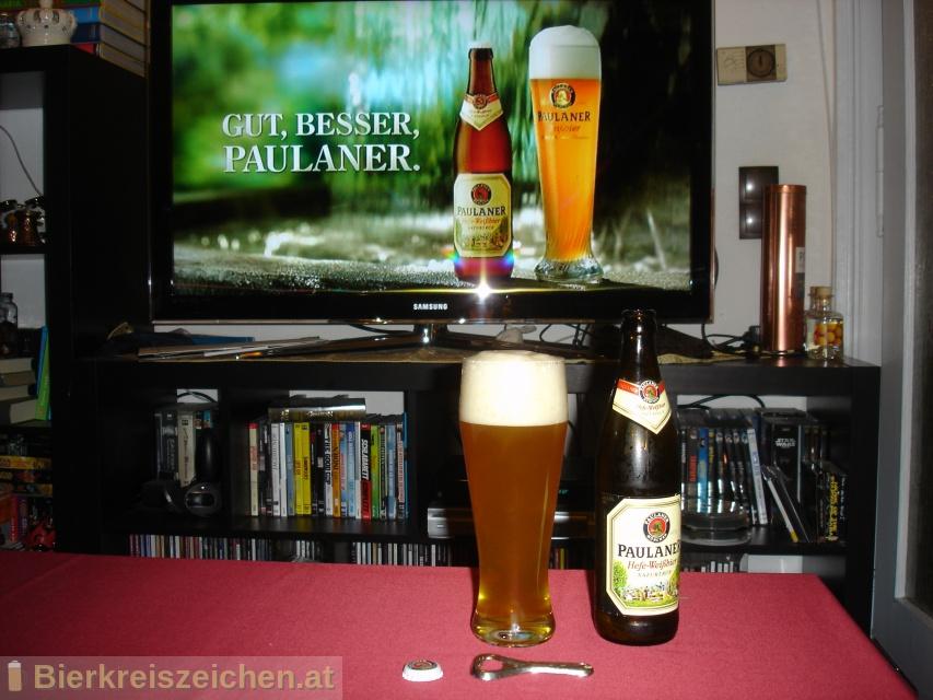 Foto eines Bieres der Marke Paulaner Hefe-Weißbier Naturtrüb aus der Brauerei Paulaner Brauerei