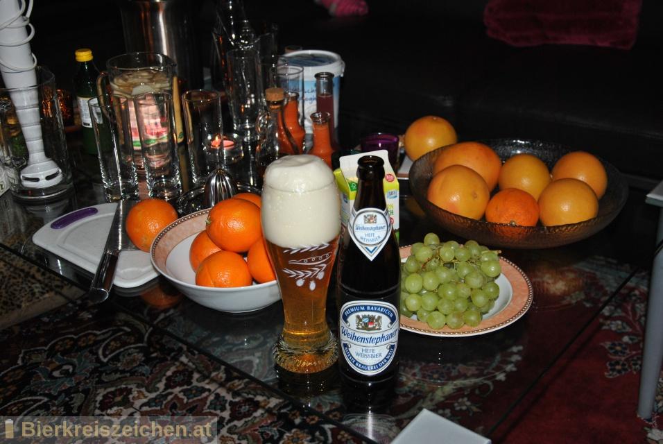 Foto eines Bieres der Marke Weihenstephaner Hefeweißbier aus der Brauerei Bayrische Staatsbrauerei Weihenstephan