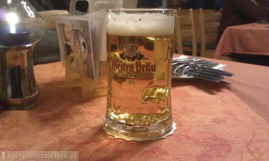 Foto eines Bieres der Marke Das Helle aus der Brauerei Bierwerkstatt Weitra
