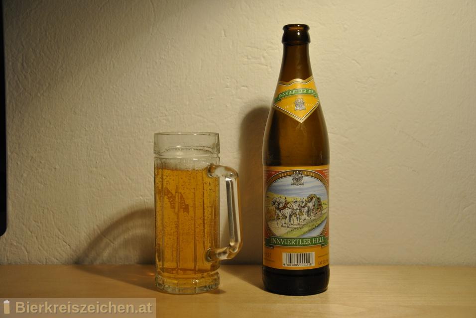 Foto eines Bieres der Marke Raschhofer Innviertler Hell aus der Brauerei Brauerei Raschhofer