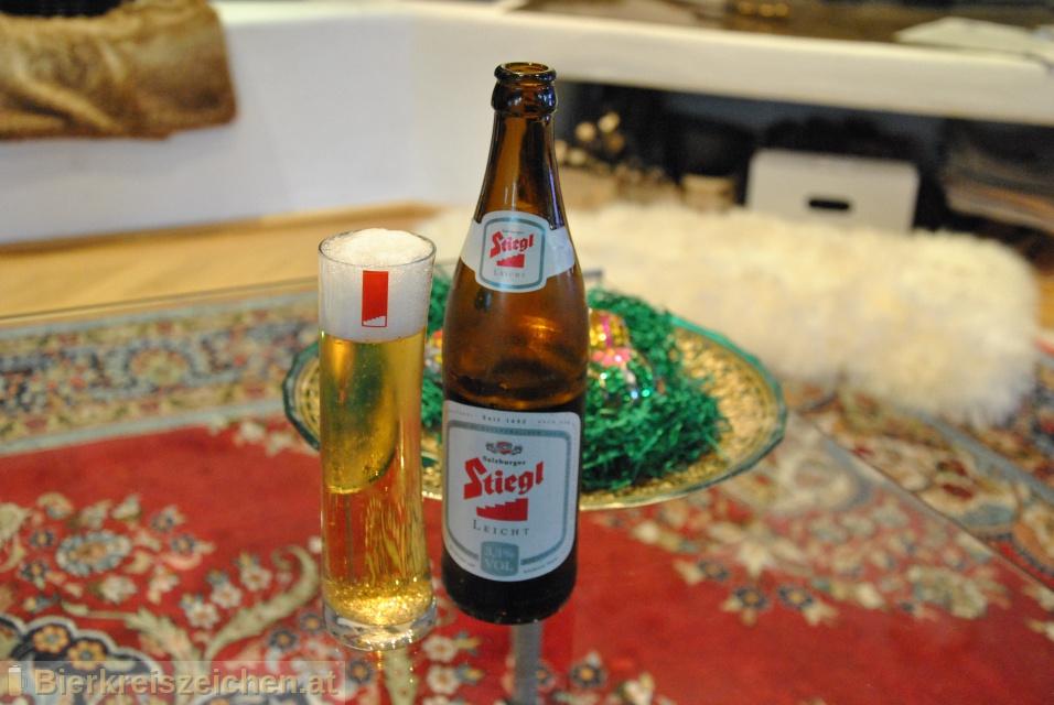 Foto eines Bieres der Marke Stiegl Leicht aus der Brauerei Stieglbrauerei