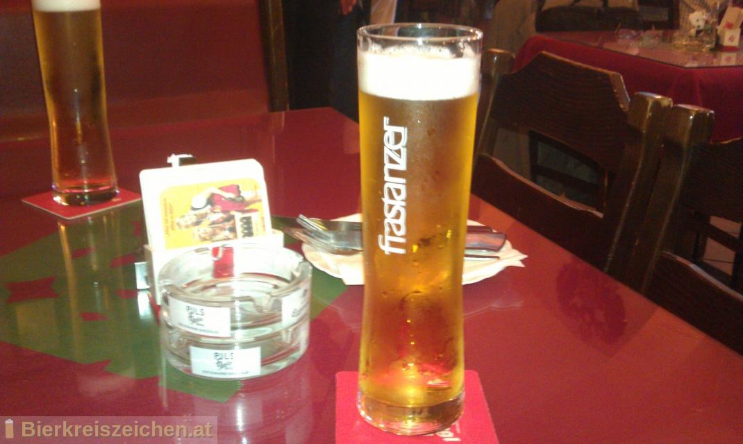 Foto eines Bieres der Marke Frastanzer Gold Spezial aus der Brauerei Frastanzer