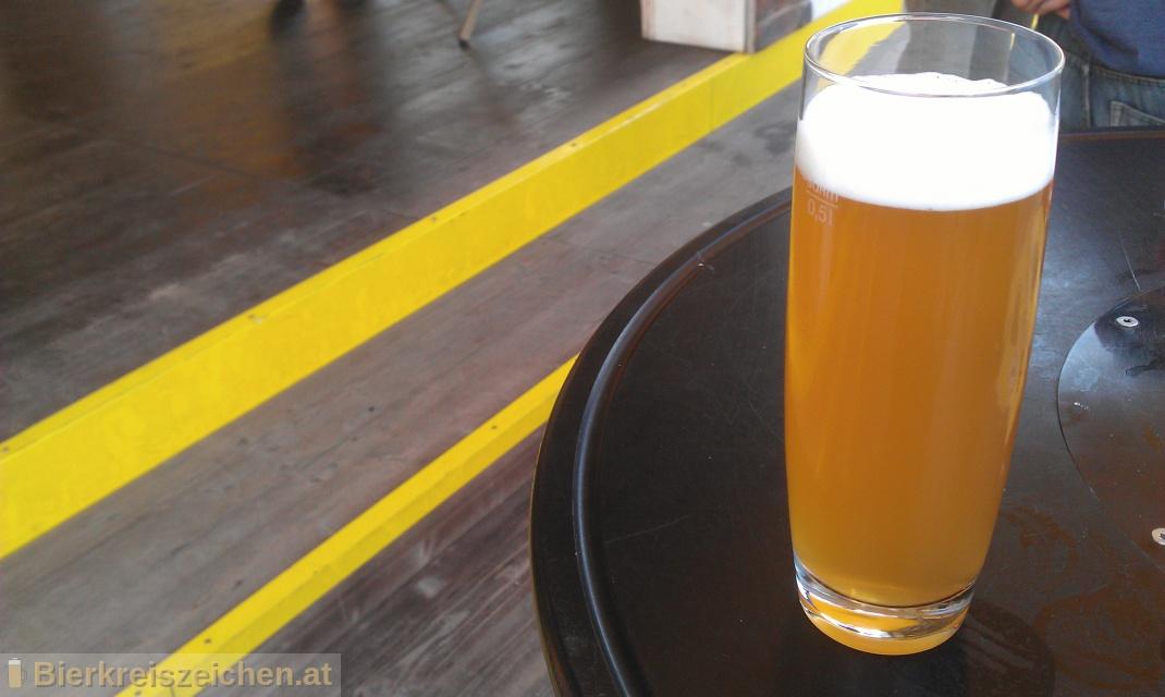 Foto eines Bieres der Marke Camba Weissbier aus der Brauerei Camba Bavaria