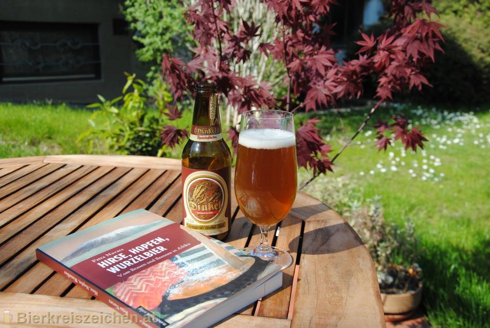 Foto eines Bieres der Marke Dinkel Bier aus der Brauerei Apostelbräu - Rudolf Hirz