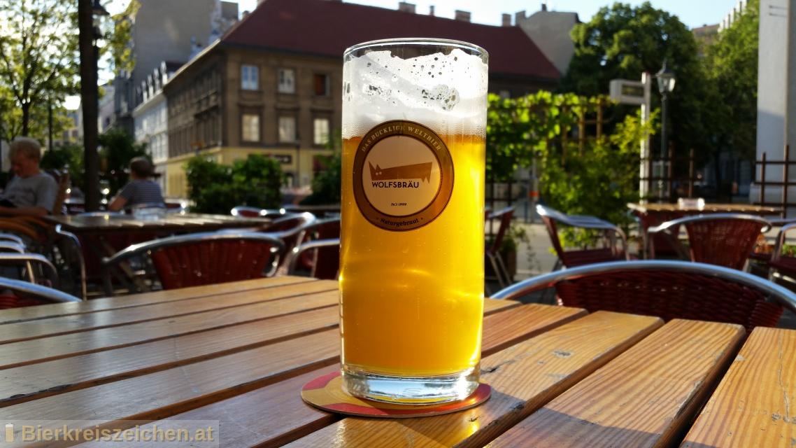 Foto eines Bieres der Marke Wolfsbräu Zwickl / Natur aus der Brauerei Wolfsbräu