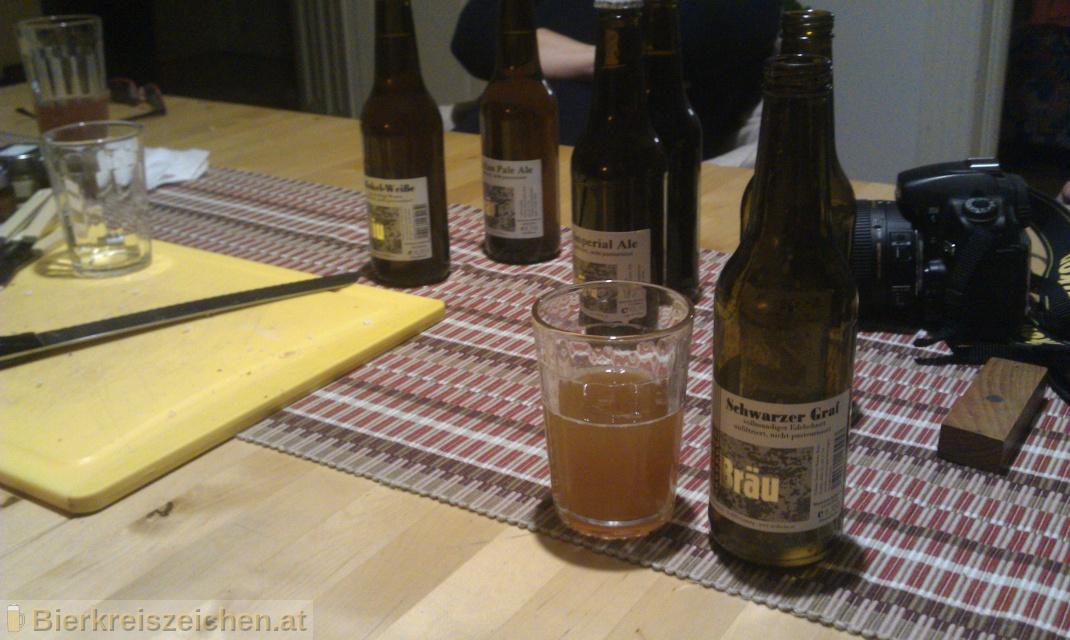 Foto eines Bieres der Marke Erzbräu Schwarzer Graf aus der Brauerei Bruckners Erzbräu