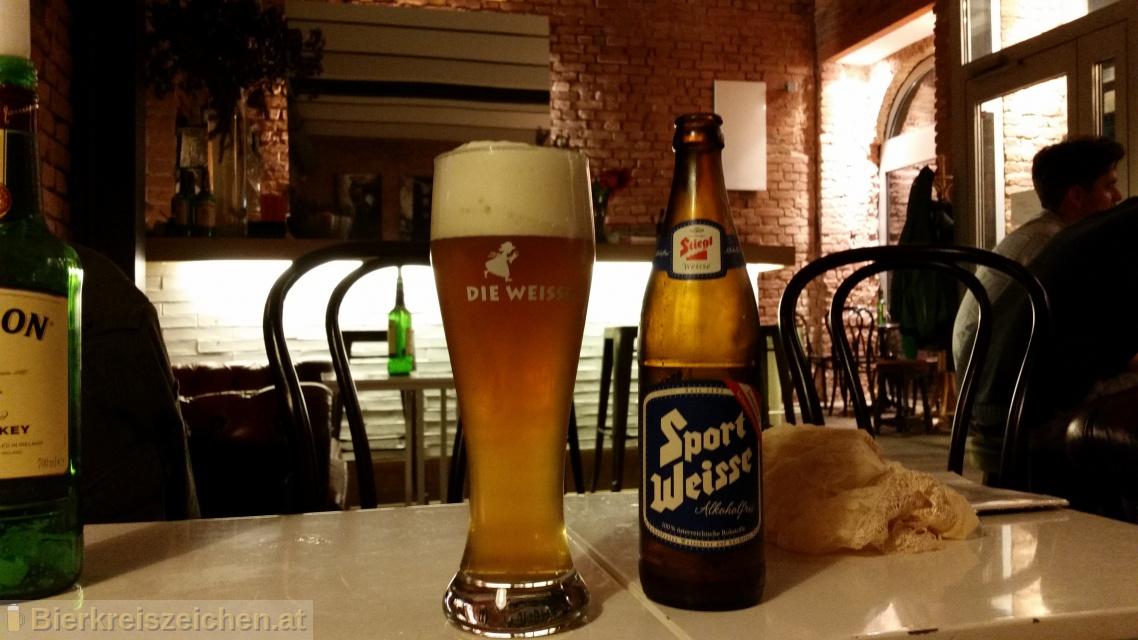 Foto eines Bieres der Marke Stiegl Sport-Weisse aus der Brauerei Stieglbrauerei