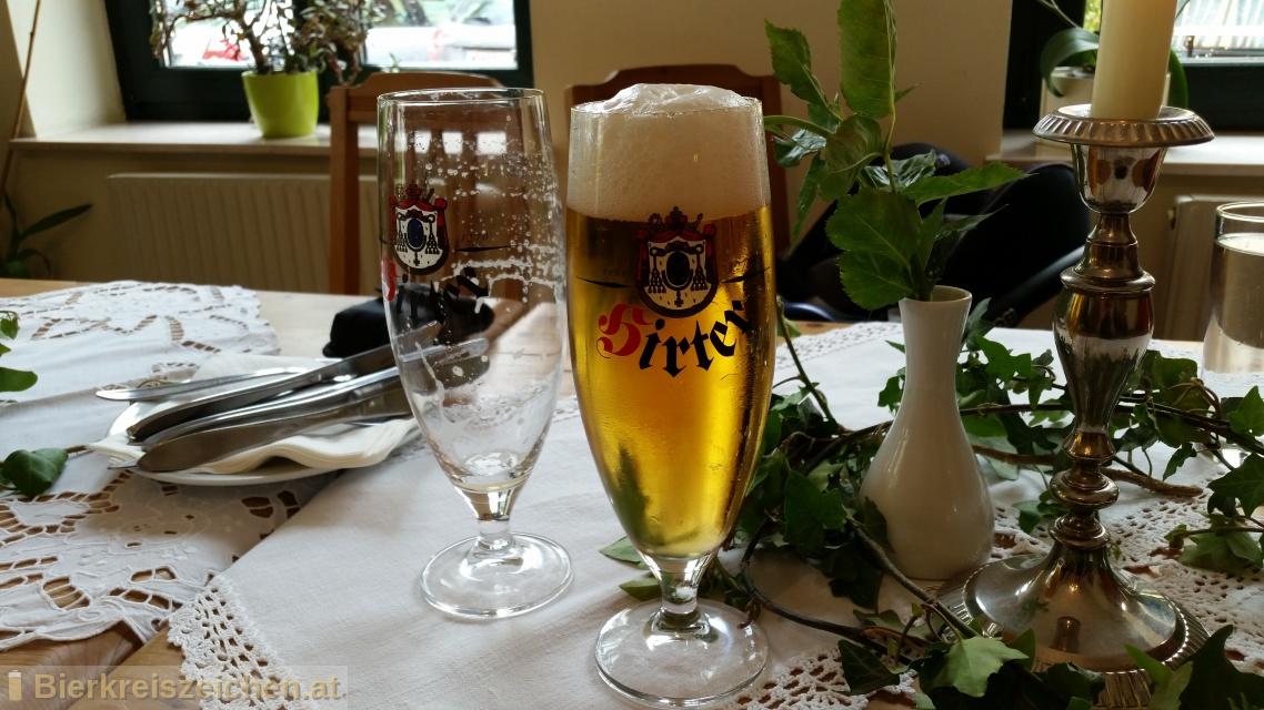 Foto eines Bieres der Marke Hirter Märzen aus der Brauerei Brauerei Hirt