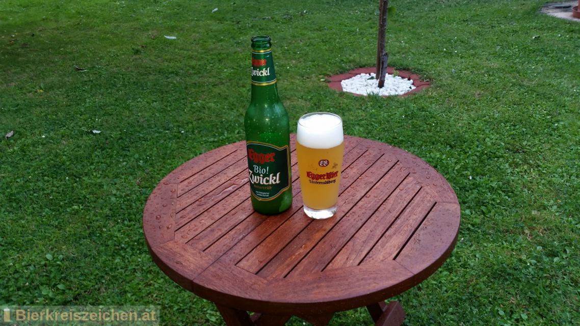 Foto eines Bieres der Marke Egger Bio! Zwickl aus der Brauerei Privatbrauerei Egger