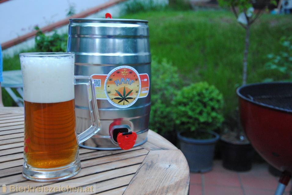 Foto eines Bieres der Marke 7Stern Hanf aus der Brauerei Siebenstern Bräu