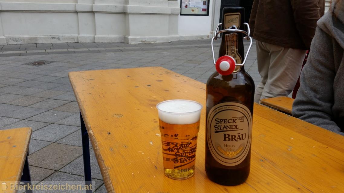Foto eines Bieres der Marke Speck Standl Bräu Helles aus der Brauerei Speck Standl Bräu