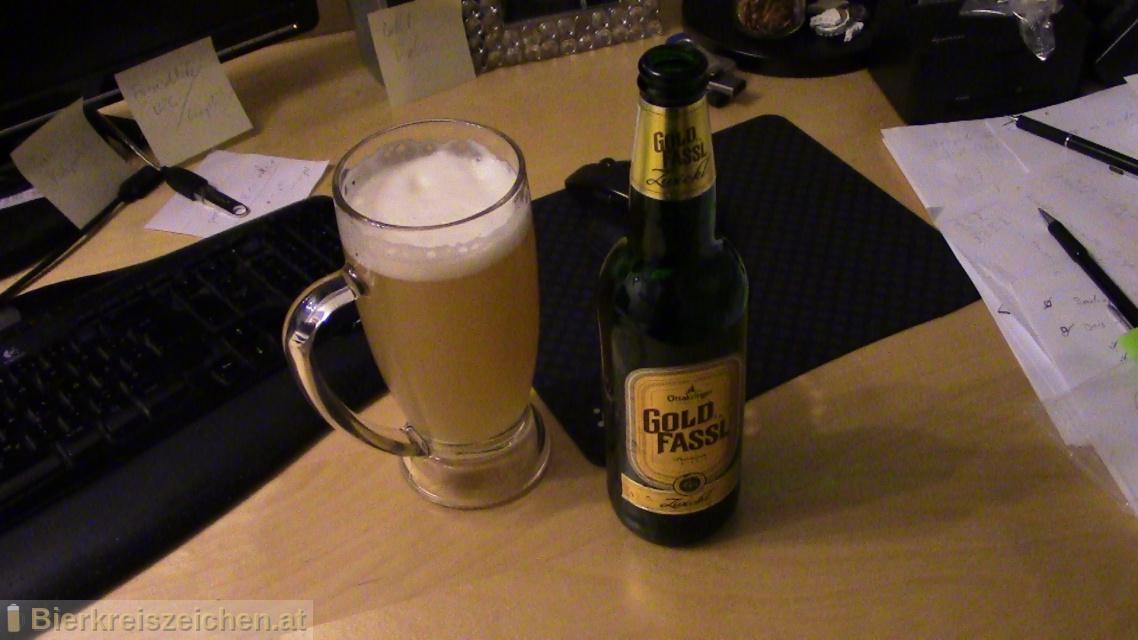 Foto eines Bieres der Marke Ottakringer - Gold Fassl - Zwickl aus der Brauerei Ottakringer Brauerei