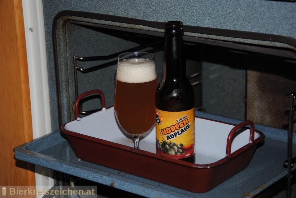 Foto eines Bieres der Marke Hopfenauflauf - Pale Ale aus der Brauerei Brew Age