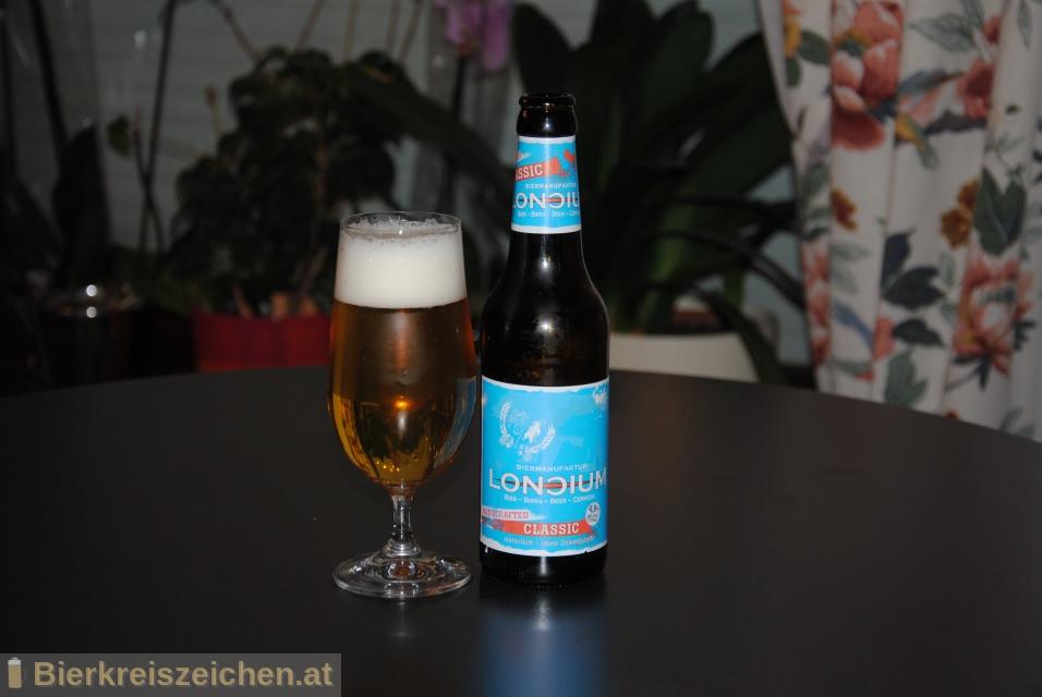Foto eines Bieres der Marke Loncium - Classic - Helles aus der Brauerei Privatbrauerei - Loncium
