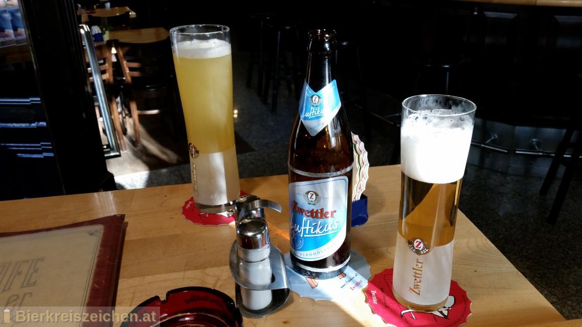 Foto eines Bieres der Marke Zwettler Luftikus aus der Brauerei Privatbrauerei Zwettl
