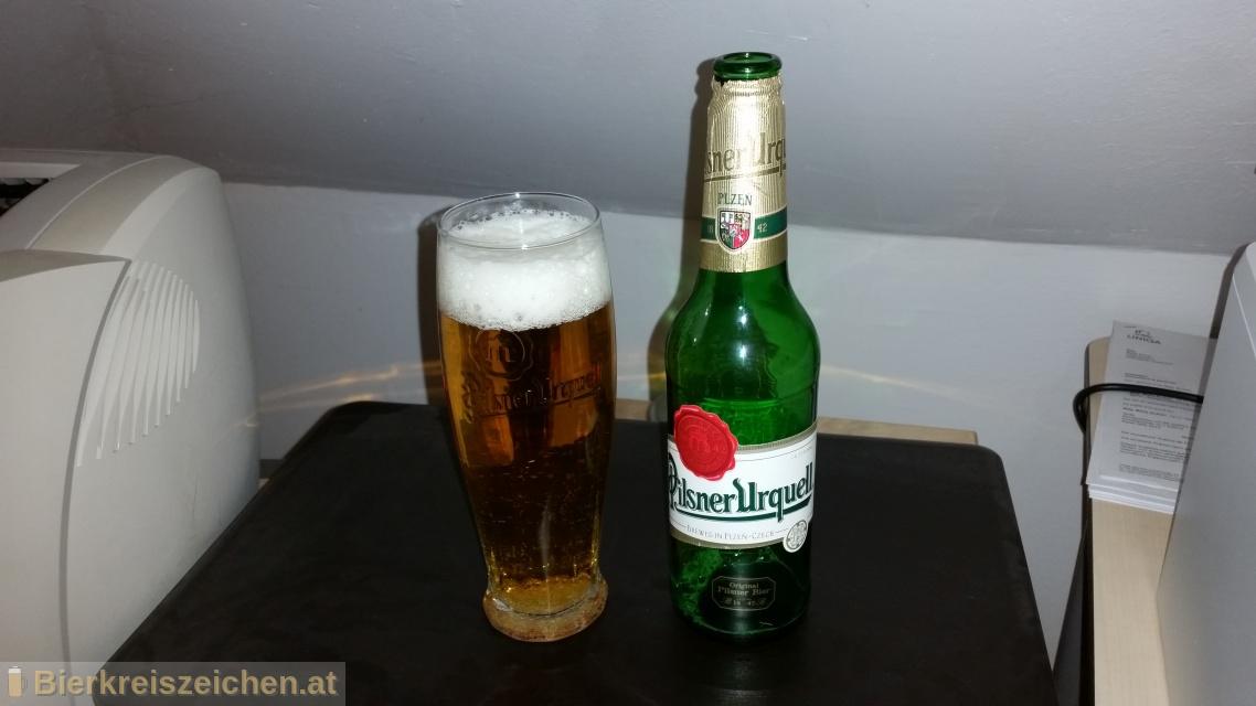 Foto eines Bieres der Marke Pilsner Urquell aus der Brauerei Plzensky Prazdroj