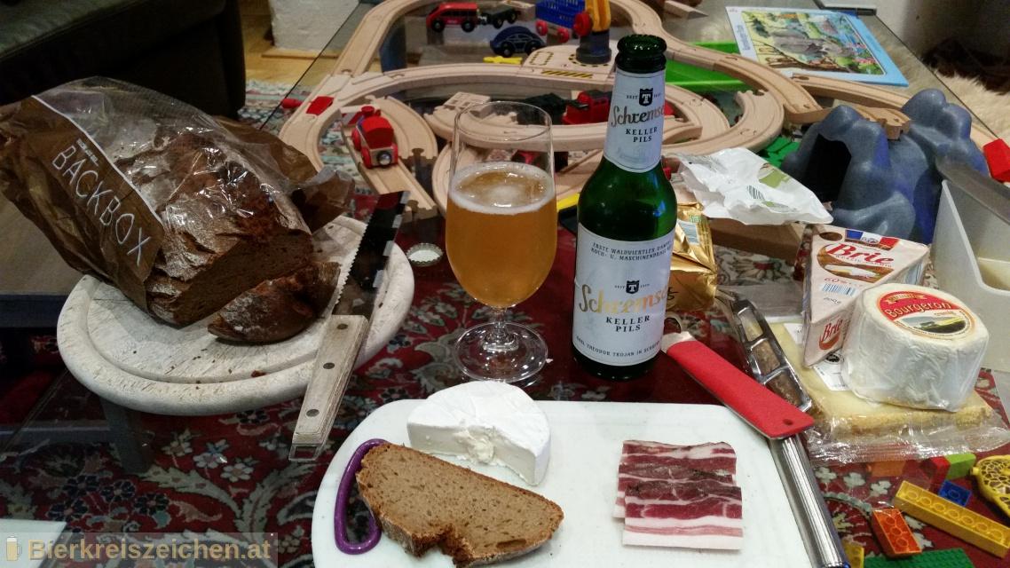Foto eines Bieres der Marke Schremser Keller Pils aus der Brauerei Brauerei Schrems