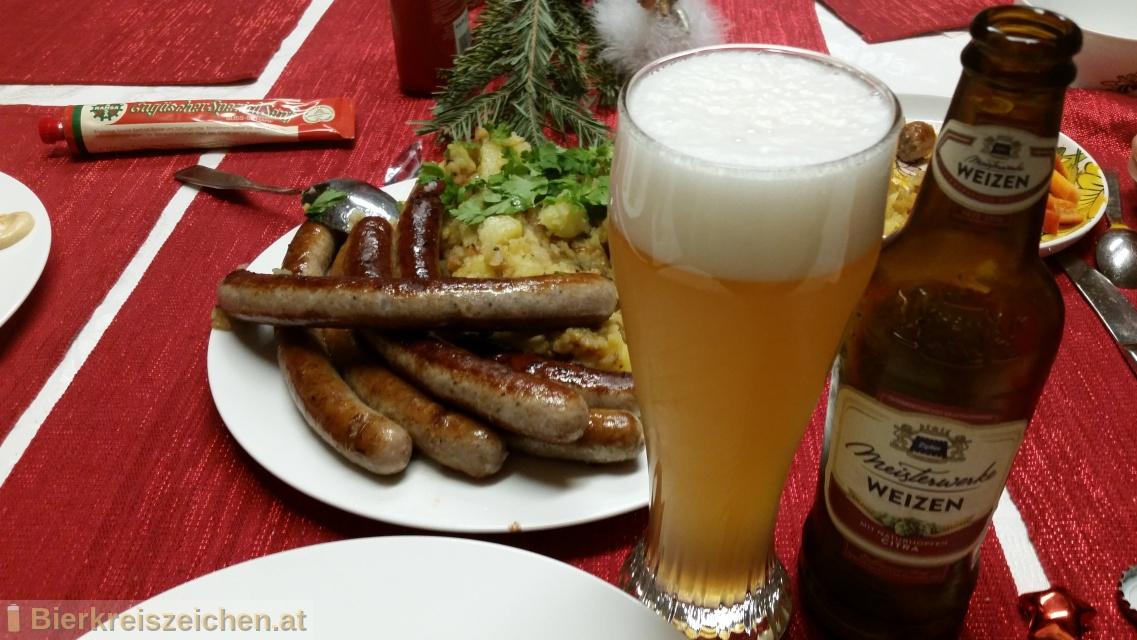 Foto eines Bieres der Marke Zipfer Meisterwerke Weizen aus der Brauerei Brauerei Zipf