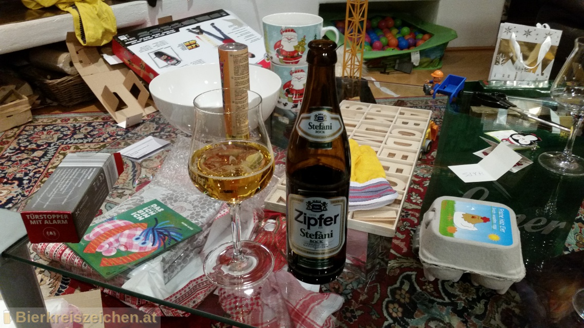 Foto eines Bieres der Marke Zipfer Stefanibock aus der Brauerei Brauerei Zipf