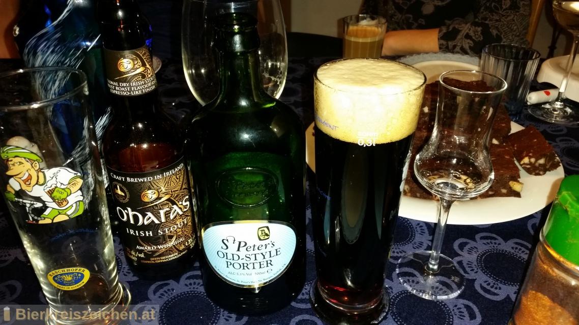 Foto eines Bieres der Marke Old Style Porter aus der Brauerei St. Peter's