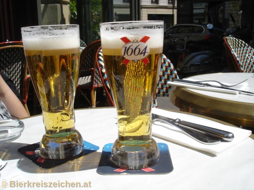 Foto eines Bieres der Marke Kronenbourg 1664 aus der Brauerei Brasseries Kronenbourg
