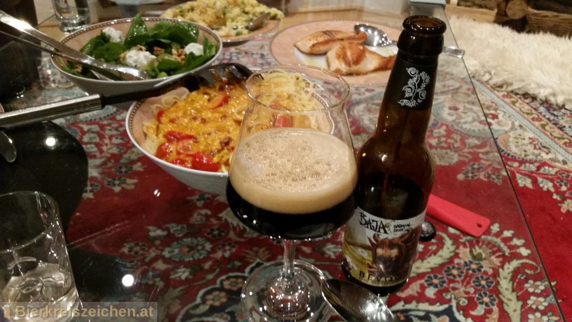 Foto eines Bieres der Marke BAJA Oatmeal Stout aus der Brauerei Bevog Craft Brewery