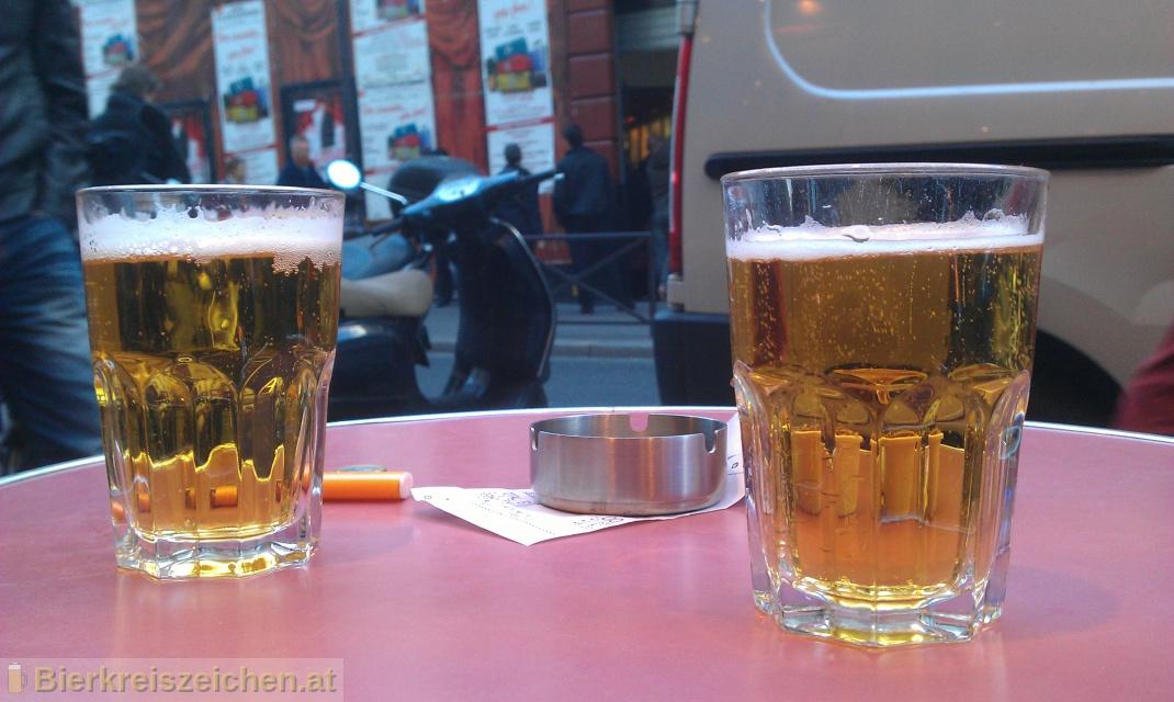 Foto eines Bieres der Marke Carlsberg aus der Brauerei Carlsberg-Brauerei