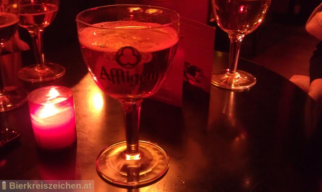 Foto eines Bieres der Marke Affligem Blond aus der Brauerei Affligem Brouwerij bds
