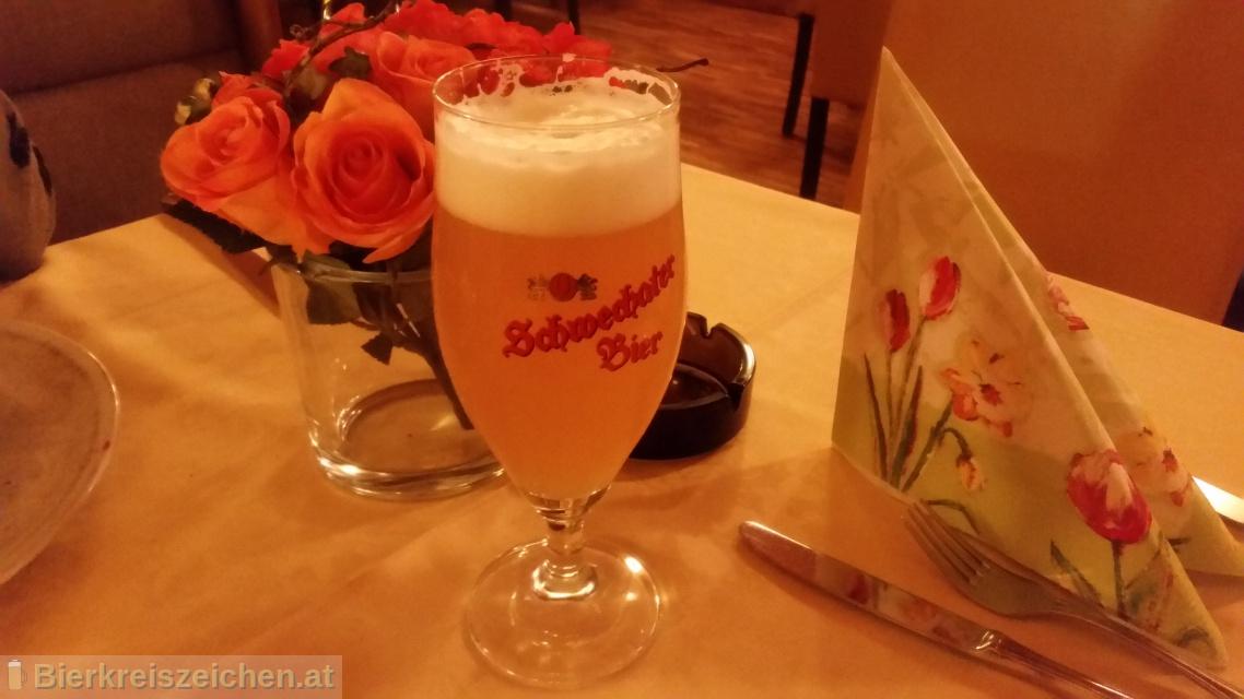 Foto eines Bieres der Marke Schwechater Zwickl aus der Brauerei Schwechater Brauerei