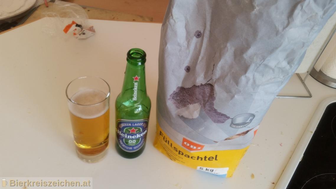 Foto eines Bieres der Marke Heineken 0,0 aus der Brauerei Heineken