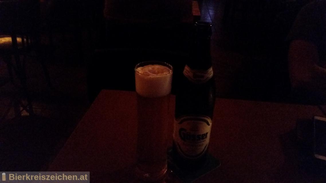 Foto eines Bieres der Marke Gösser NaturGold aus der Brauerei Brauerei Göss