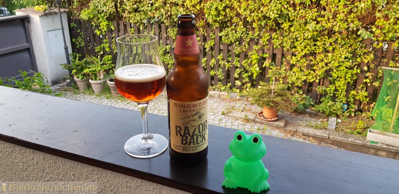 Foto eines Bieres der Marke Razor Back aus der Brauerei Ringwood Brewery