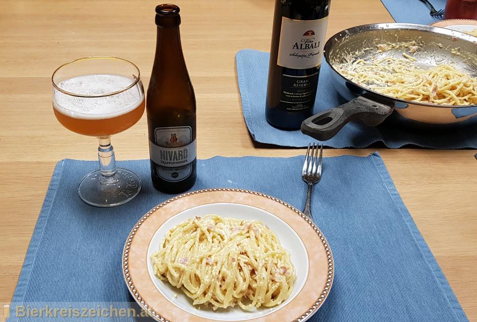 Foto eines Bieres der Marke Nivard aus der Brauerei Trappistenabtei Stift Engelszell