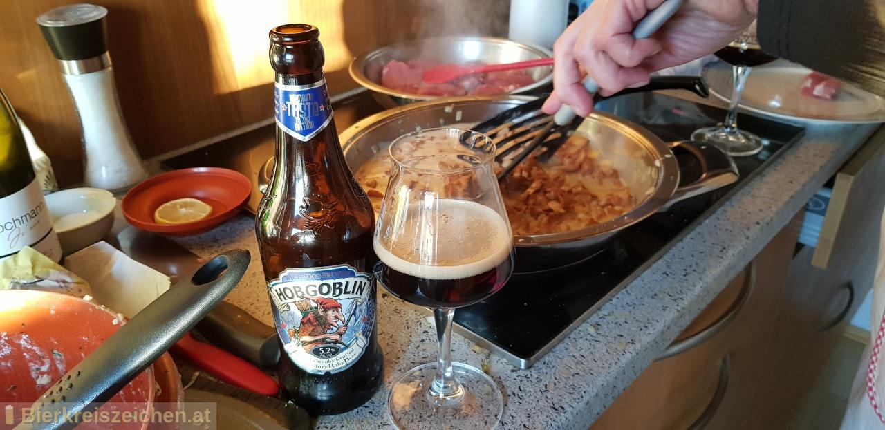 Foto eines Bieres der Marke Hobgoblin aus der Brauerei Wychwood Brewery