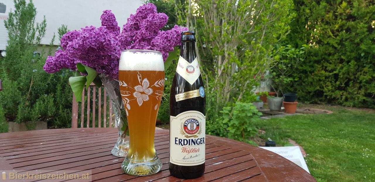 Foto eines Bieres der Marke Erdinger Weißbier aus der Brauerei Erdinger
