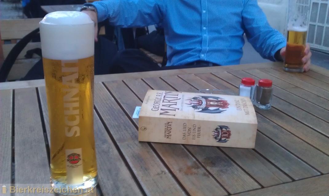 Foto eines Bieres der Marke Schnaitl Pils de Luxe aus der Brauerei Brauerei Schnaitl