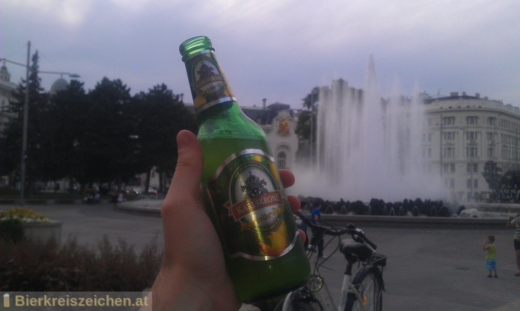 Foto eines Bieres der Marke Karlskrone naturtrüber Radler aus der Brauerei Privatbrauerei Egger