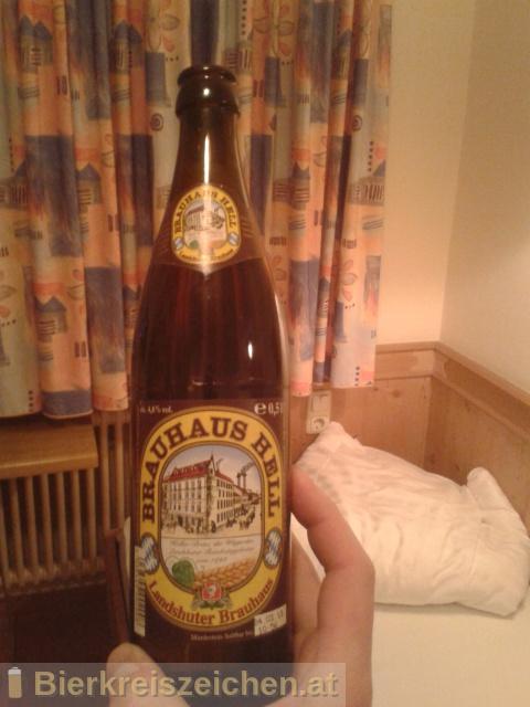 Foto eines Bieres der Marke Brauhaus Hell aus der Brauerei Landshuter Brauhaus