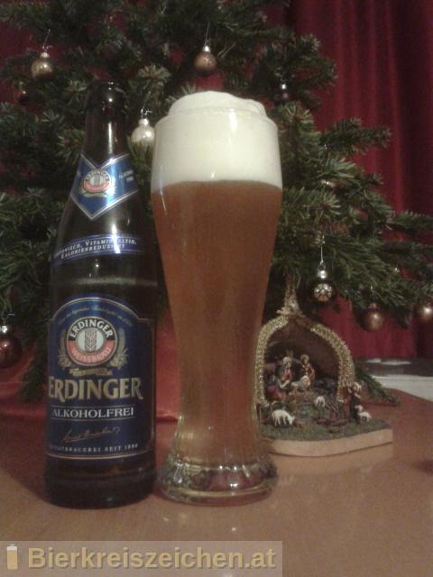Foto eines Bieres der Marke Erdinger Alkoholfrei aus der Brauerei Erdinger
